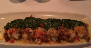 The Best Crab Cakes (And More) In Macon